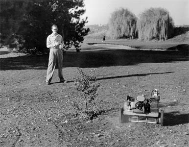 Jim Walker and his Radio Control Lawnmower